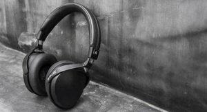 Black Friday Headphone Deals Speaker Deals Consider The Consumer