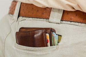 Consumer Confidence Amazon Earnings-min